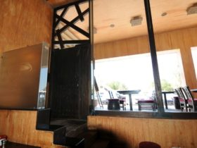 Burger Hub Gulf Road Interior 1
