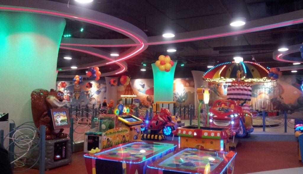 Cozmo Sama Mall Interior 2