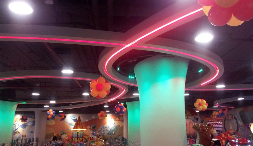 Cozmo Sama Mall Interior 9