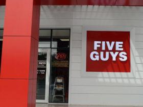 Five-Guys-Restaurant-Jahra