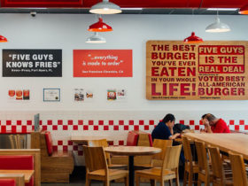 Five-Guys-Restaurant-Salmiya